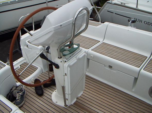 **yachting-direct** 107_odyssey37-photo 2
