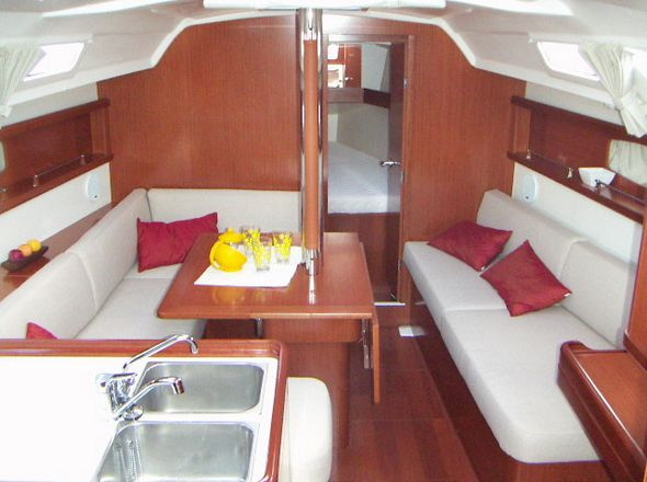 **yachting-direct** 454_oceanis37-photo 2